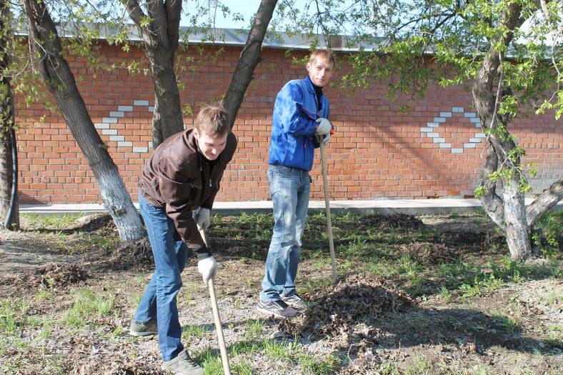 Коллектив ООО «Зуммер» дружным субботником встретил Праздник весны и труда