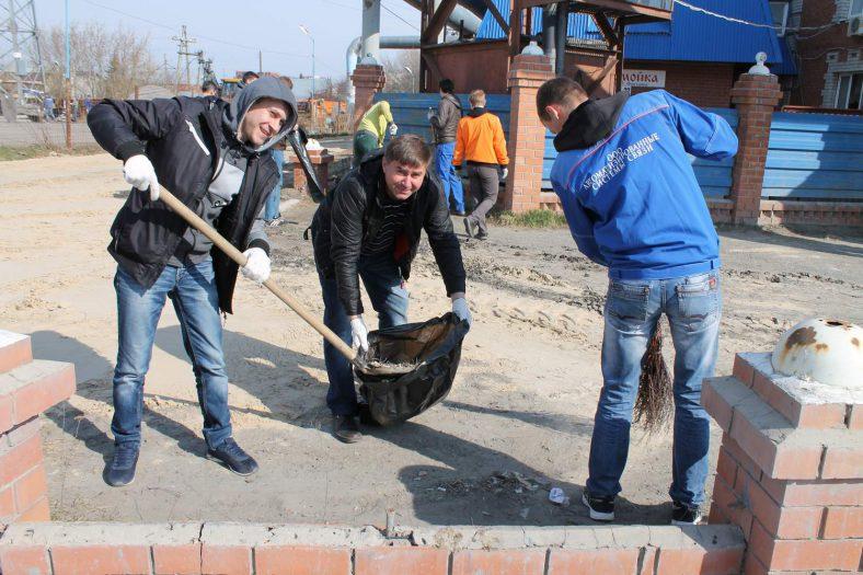 Коллектив компании «Зуммер» провел традиционный ежегодный субботник