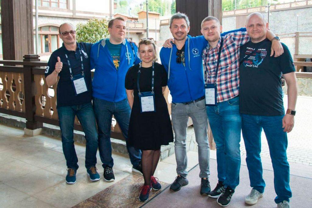 Представители ООО «Зуммер», ООО «Айхоум» и ООО «Северное волокно». Фото: nag.ru